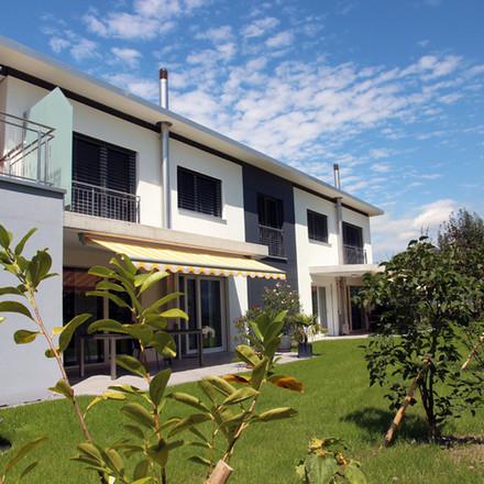 Generationenhaus mit drei Wohnungen, Grabs