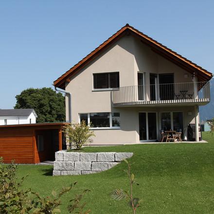 Einfamilienhaus in  Gams, Garage in Holz