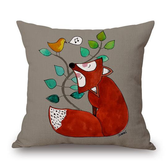 Red Fox Cushion With Filler (DT)