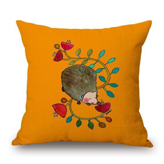 Hedgehog Cushion With Filler (DT)