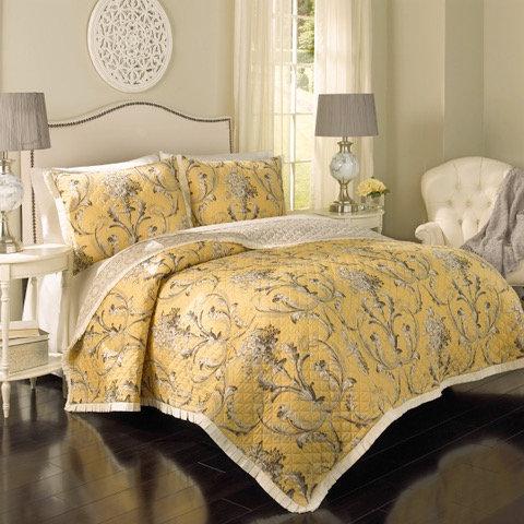 Willow Reversible Quilt Set