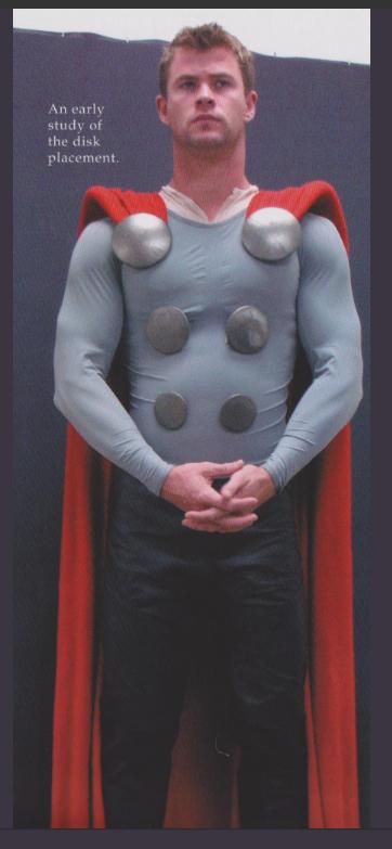 Chris Hemsworth, teste de traje