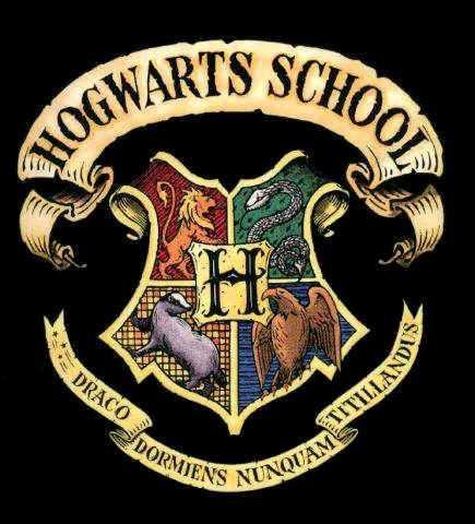 Escudo de Hogwarts.jpg