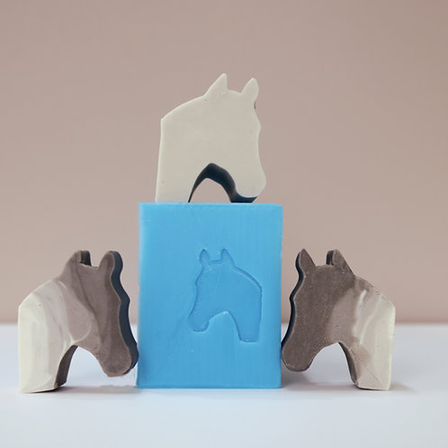 Horse embed mould