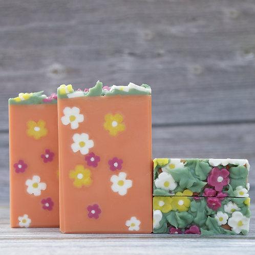 Blossom Flowers (Magnolia and orange blossom fragrance)