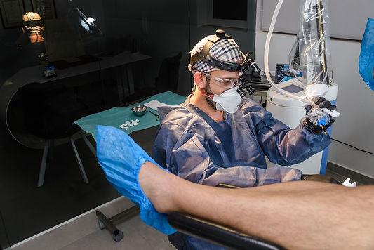 ΘΕΡΑΠΕΙΑ ΤΟΥ ΠΕΡΙΕΔΡΙΚΟΥ ΣΥΡΙΓΓΙΟΥ Γιαννούλης Πρωτόπαπας Ειδικός Χειρουργός