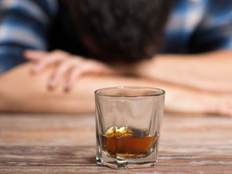 Το αλκοόλ στη καραντίνα και τη διατροφή μας