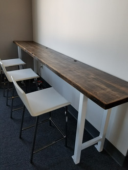 Commercial Hub Table
