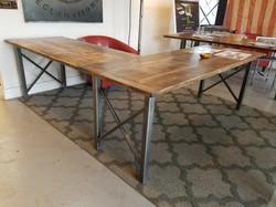 Custom Desk Furniture
