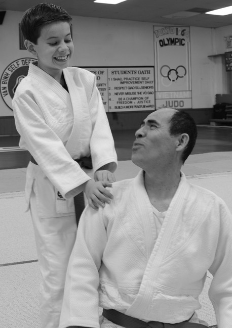 young student with an instructor