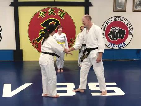 Aikido Basics - Cross-hand Grab Step One