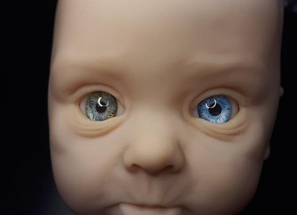 Heterochromia 22mm
