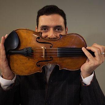 Michalis Kouloumis world music violin
