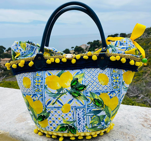 sac à main Cabas Les Citrons customisé sur un sac en osier personnalisé