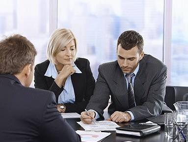 Яким чином захист інтелектуальної власності впливає на Ваш бізнес?