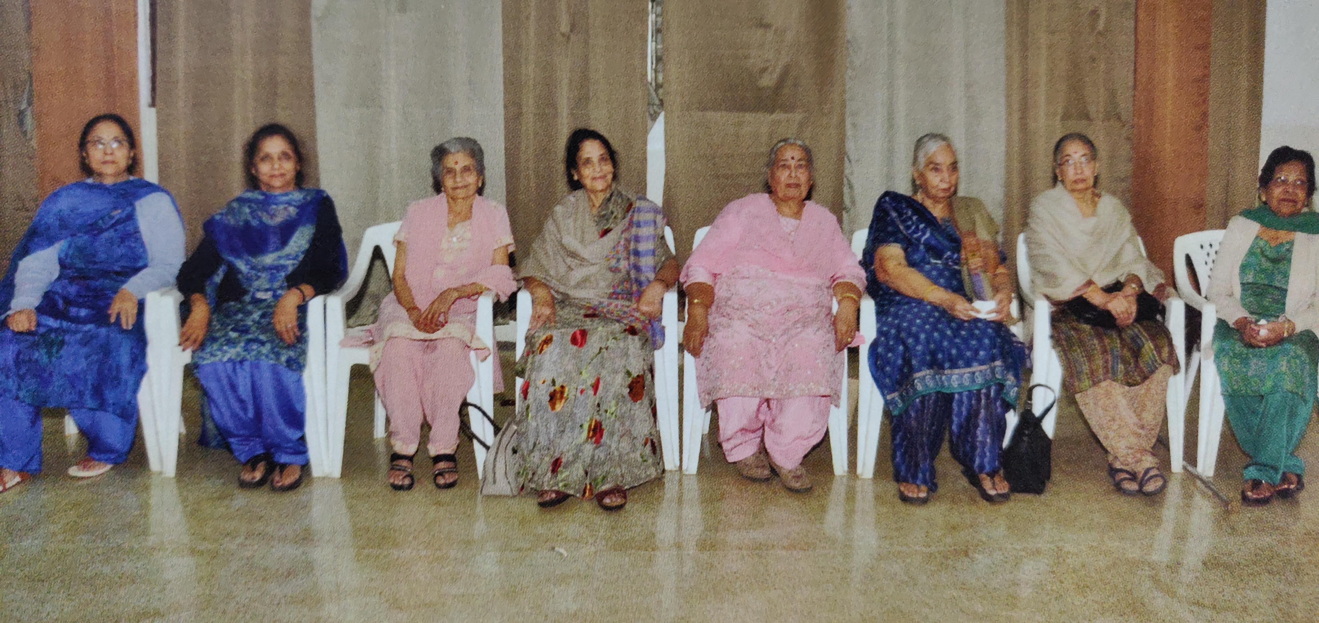 Stri Sabha Committee