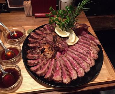 Tボーンステーキ1kg 13,800円 (要予約)
