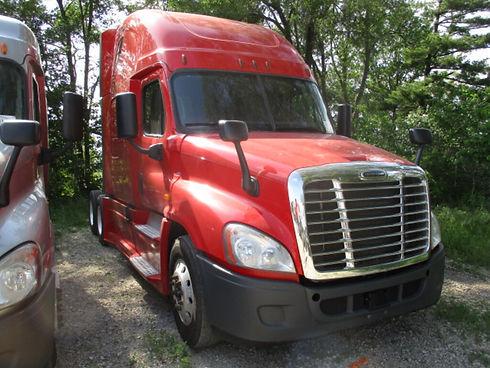16 Red Cascadia 450.jpg