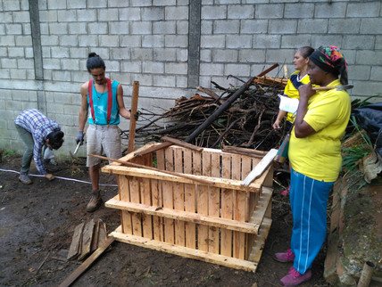 Construcción compostera