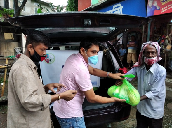 A small deed for the needy during COVID-19 lockdown