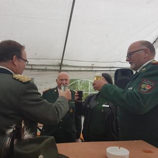 Unser Oberst Jürgen begrüßt unser Gäste