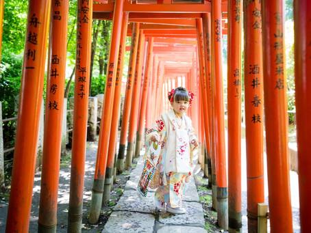 新緑の綺麗な季節に 根津神社での七五三撮影
