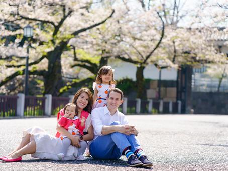 一歳の誕生日を桜と共に