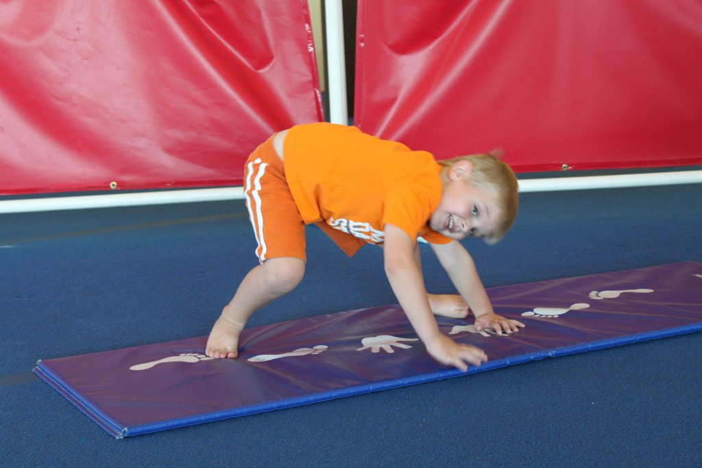 tumbling-class-for-kids-near-layton-clearfield-syracuse-utah-1024x682