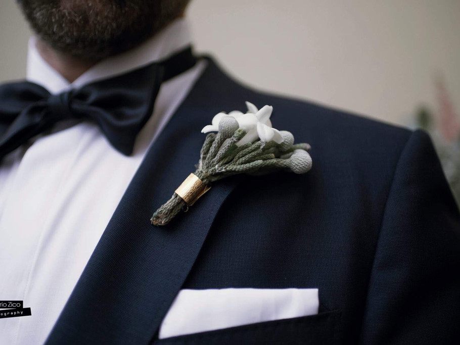 Stelio's wedding boutonniere