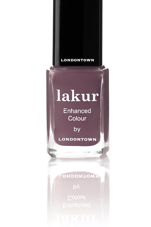 "lakur Nagellack ""save the queen"""