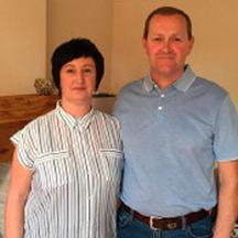 Moldura-Debbie-Neale-&-Chris-Turner.png