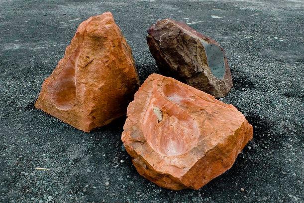 Lagrima 2, 2006, 0,90x1,70x2m, basalt, rheyolite and water