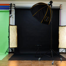 Softboxes and lighting included with rental
