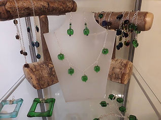recyclednecklace.jpg