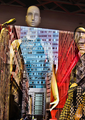 New Fashion: Buildings Reflections Produce Outfits
