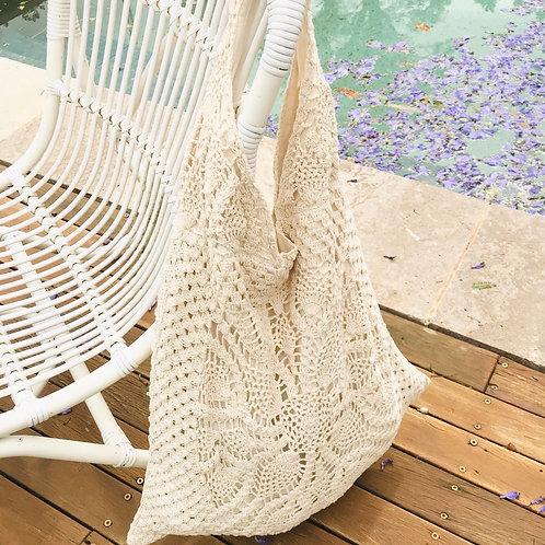 Vintage style Crochet Shoulder Bag, Beach or Shopping Fun