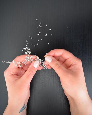 Handgemachtes Haarschmuck für die perfekte Brautfrisur