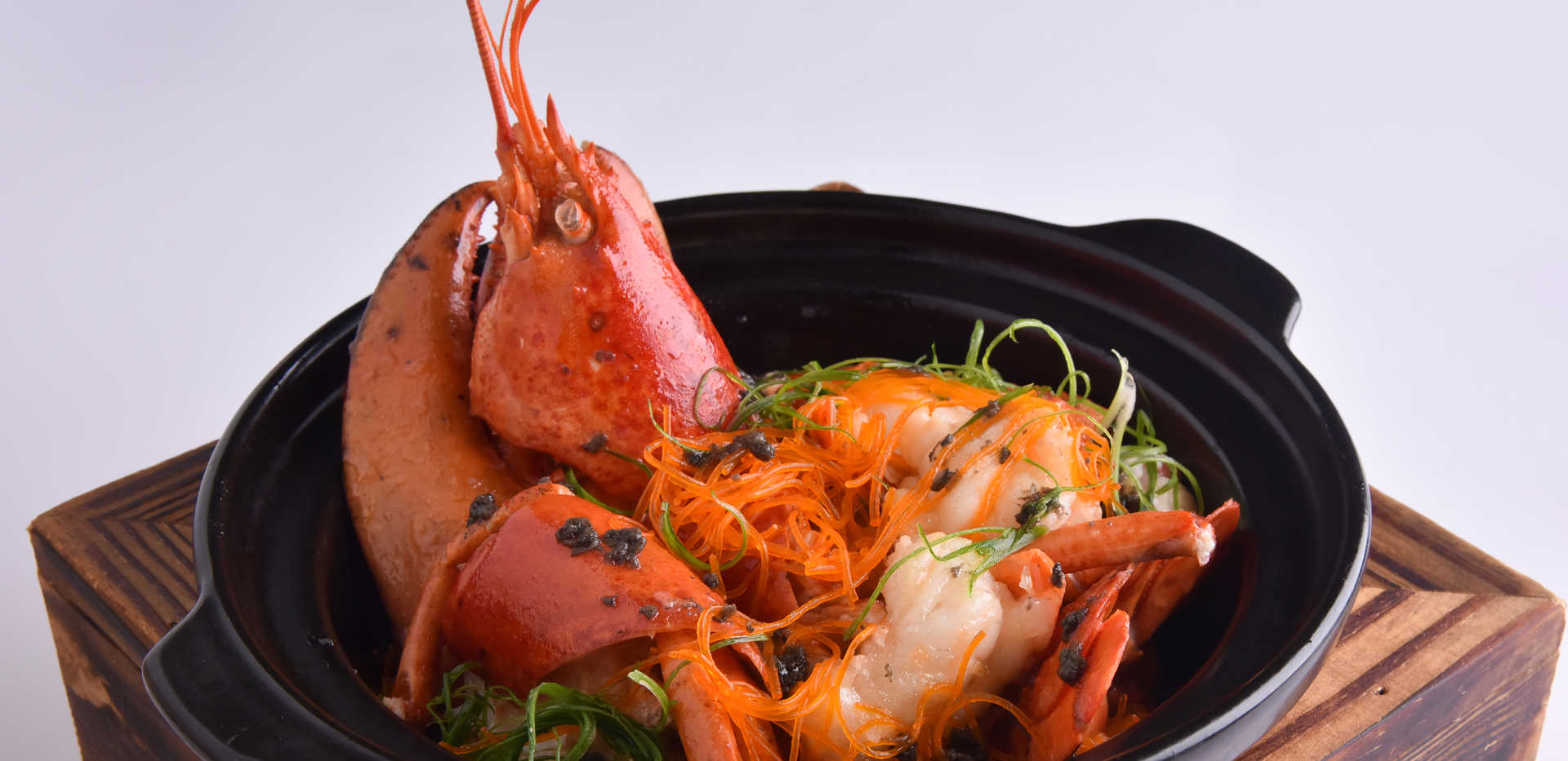 seafood_Lobster and Vermicelli with Blac