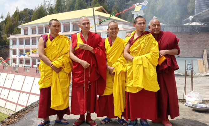 Lama T with the 3 monks.jpg