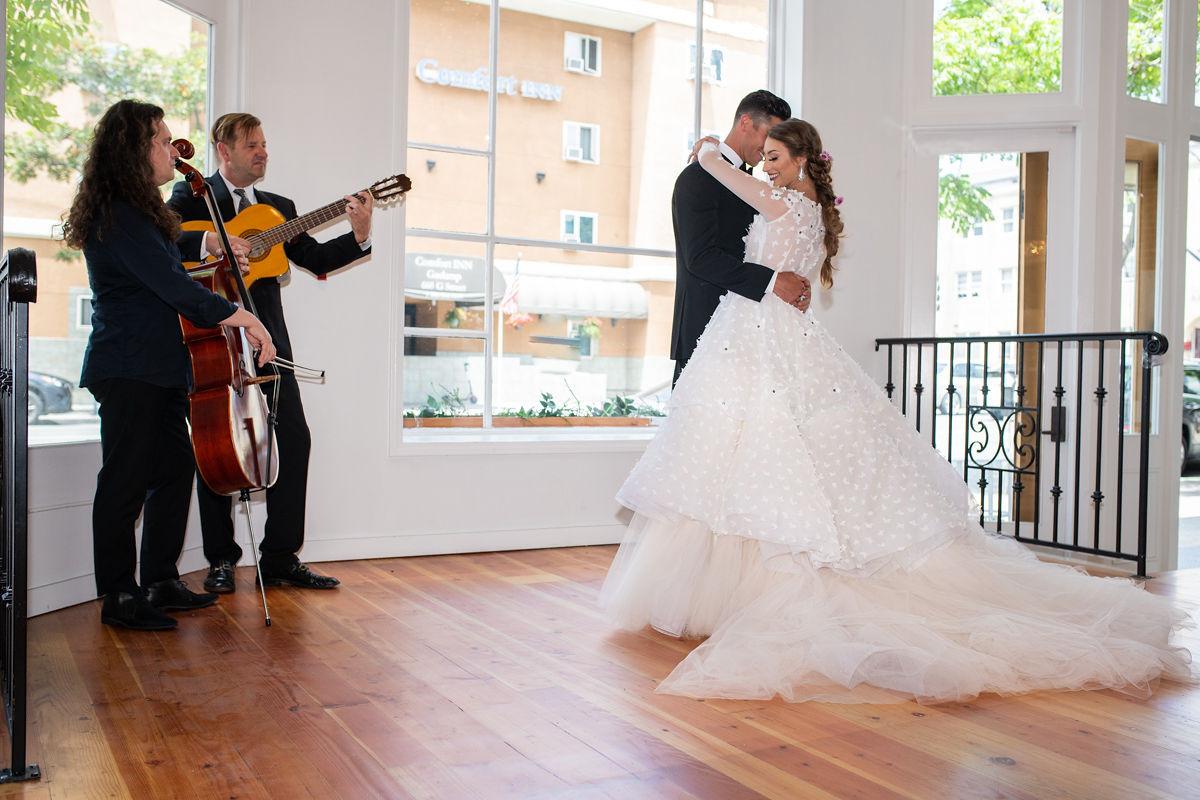 Emry-Photography-Champagne-Wedding-0298.