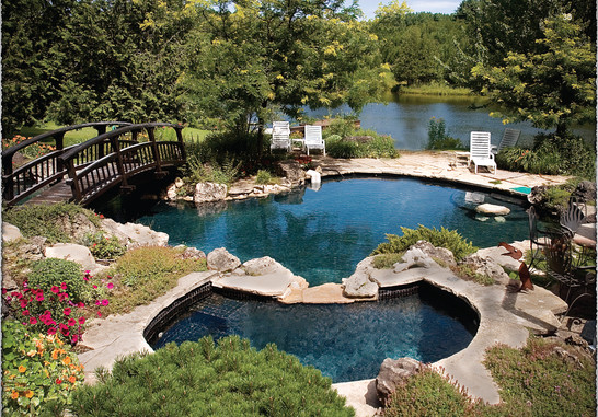 Pool and Pond of Gilbert Country Residence, Ontario
