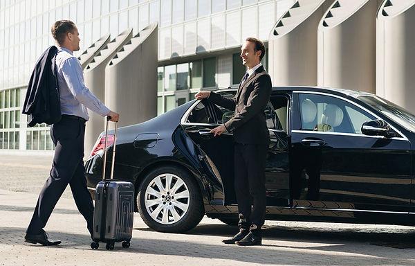autonomous-taxi-3-1024x655.jpg