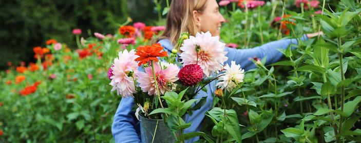 8/11: Farm to Vase Arranging Workshop