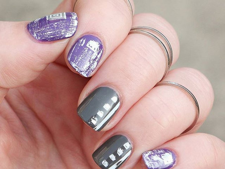 Distressed Geometric Nails