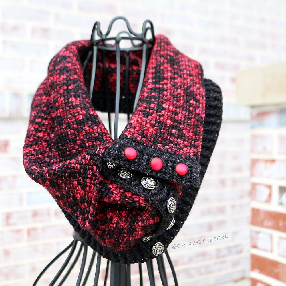 Briar Rose Cowl, Designed and Crocheted by Connie Lee Lynch of CrochEt Cetera by Connie Lee