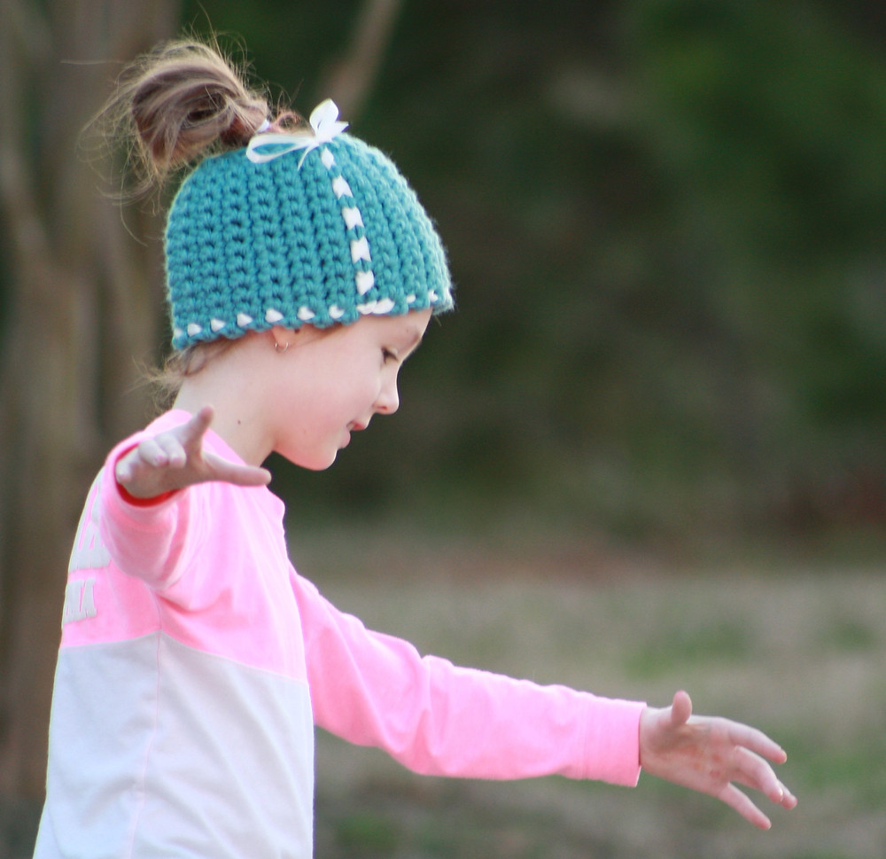 Extremely Easy Bun Hat in Cascade Pacific Bulky (image courtesy of Marina Hayes)