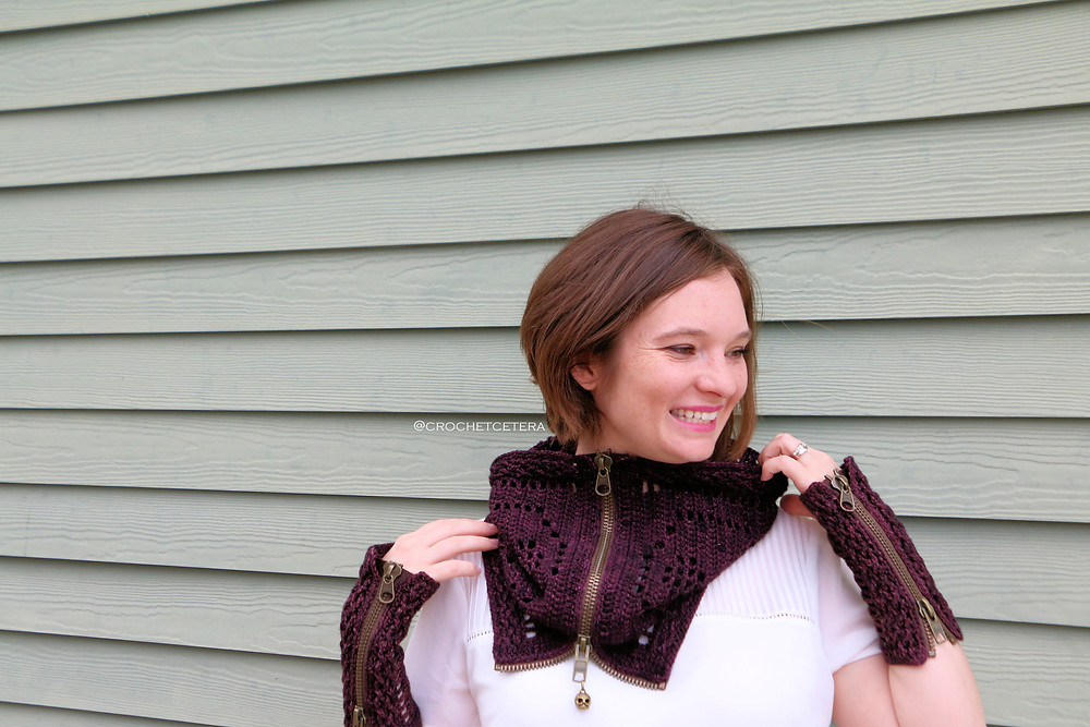 Trying to figure out how to style my zippered cowl without a mirror!
