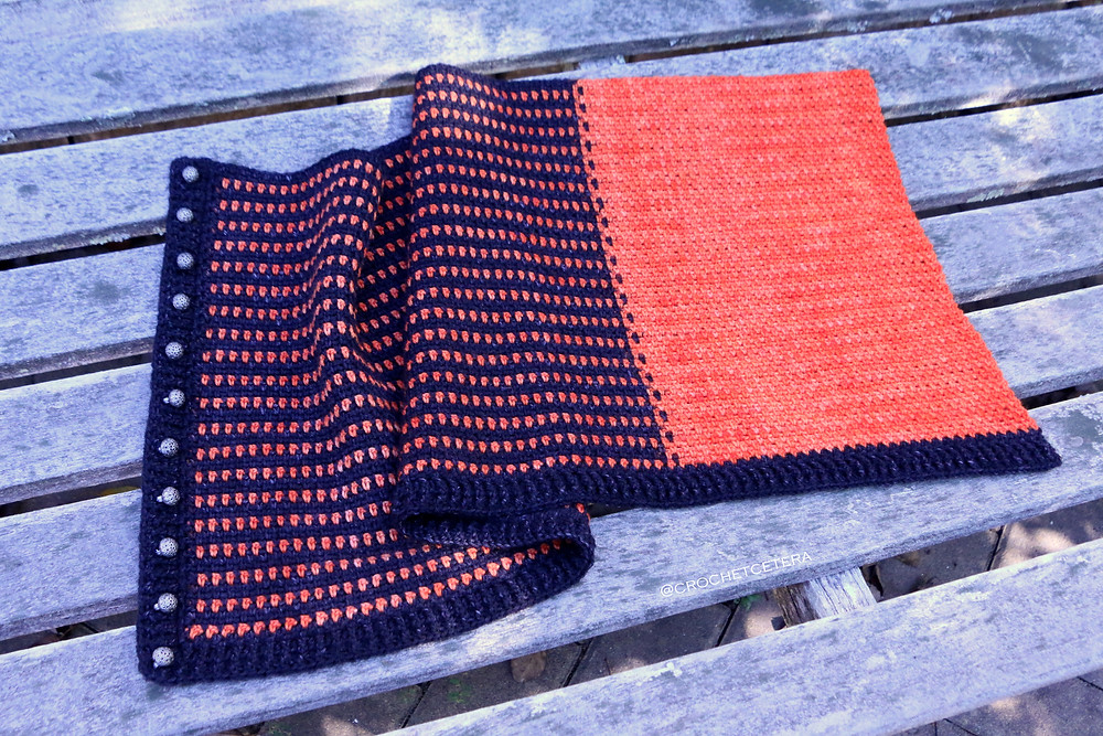 Extreme Color Pooling Halloween Cowl with Tarn Wathelene by Round Table Yarns