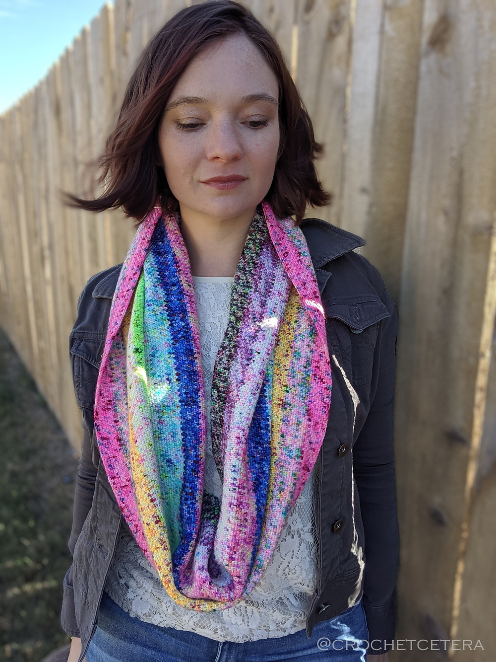 Specklewerk Cowl, Free Crochet Pattern by CrochEt Cetera by Connie Lee