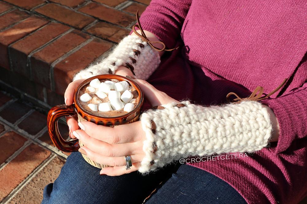 crocheted fast and fingerless gloves